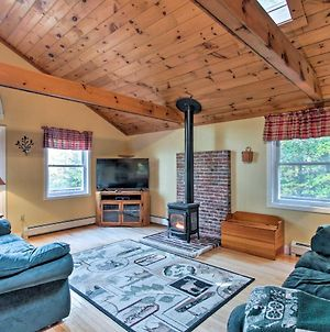 Bethel Chalet With Hot Tub - 3 Miles To Sunday River! photos Exterior