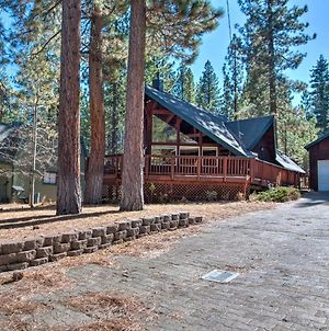 Cozy Family Home With Tahoe Views, 7 Min To Heavenly photos Exterior