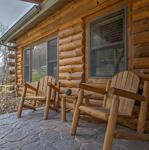 Cabin With Deck By River - Treehouse Masters Visited photos Exterior