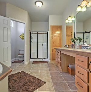 Beautiful Kanab Home - Walk To Downtown! photos Exterior
