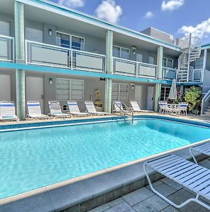 Studio With Pool Access, 1 Block To Clearwater Beach! photos Exterior