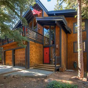 Expansive Truckee Cabin With Deck And Resort Amenities photos Exterior