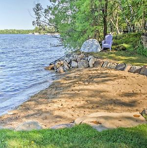 Waterfront Crosslake House With Private Dock & Beach photos Exterior