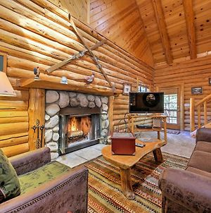 Big Bear Cabin With Fireplace - Walk To Ski Resort! photos Exterior