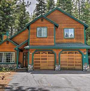 Chic Updated Truckee Ski House With Game Room & Deck! photos Exterior