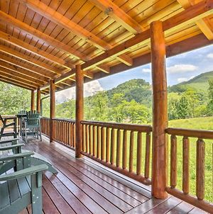 Maggie Valley Cabin With Private Hot Tub And Game Room! photos Exterior