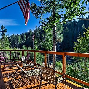 Rustic Riverfront Truckee Cabin With Deck And View! photos Exterior