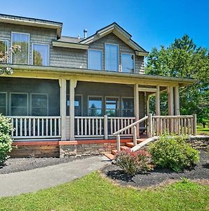 Conneaut Lake Home With Fire Pit About Half Mi To Beach And Park photos Exterior