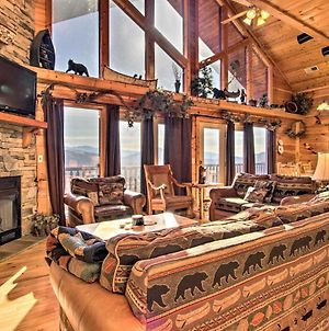 Cabin With Breathtaking Views, Pool Access And Theater photos Exterior