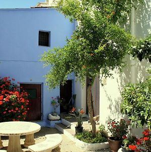 Typical Spanish Town House With A Sunny Patio, 5Km From The Costa Tropical photos Exterior