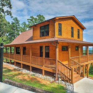 Spacious Murphy Cabin With Decks & Wooded Views! photos Exterior