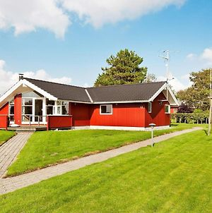 Three-Bedroom Holiday Home In Slagelse 2 photos Exterior