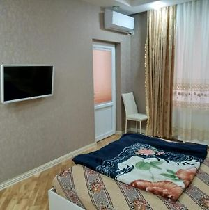 Neatly Furnished Property In Silent & Elite Area photos Exterior