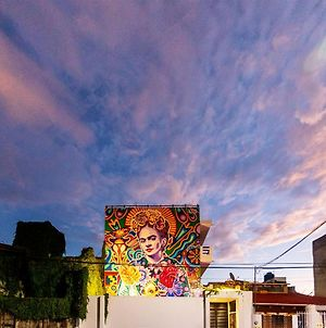 Dewl Estudios & Residences : The Kahlo photos Exterior