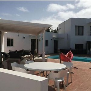 Spacious Holiday Home In Teguise With Swimming Pool photos Exterior