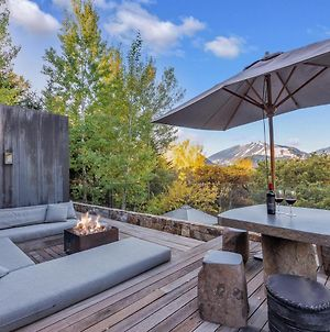 Pewter - ✧ Minimalist Modern Hideaway W/ Mountain Views ✧ photos Exterior