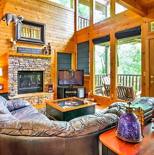 Secluded And Wooded Wears Valley Cabin With Fire Pit! photos Exterior
