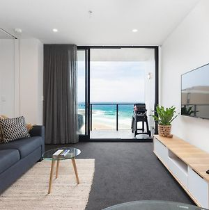 Luxury Beachfront Apartment In Newcastle photos Exterior