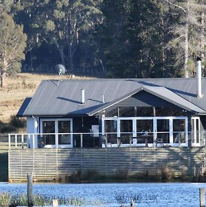 Currawong Lakes Tasmania photos Exterior