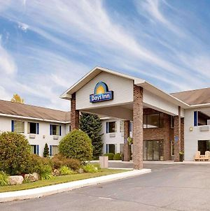 Days Inn By Wyndham Cadillac photos Exterior
