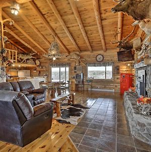 Custom Belle Fourche Cabin Great For Large Groups photos Exterior