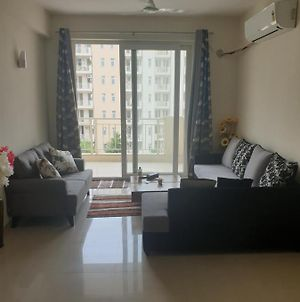 Private Room In A 3Bhk photos Exterior
