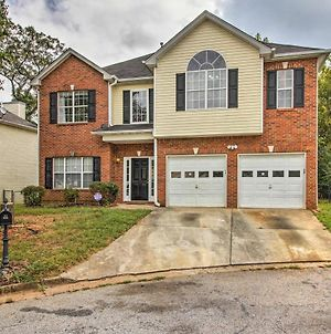 Spacious Stone Mountain Home - Walk Everywhere! photos Exterior