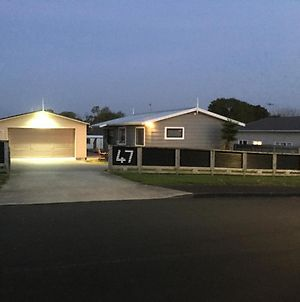 47 Hooper Ave, Pukekohe, Sleeps 13 photos Exterior
