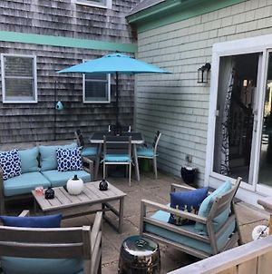 127 Centrally Located In Ptown Dog Friendly With Dedicated Parking Spot photos Exterior