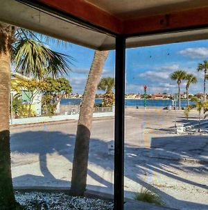 Pass-A-Grille Intercoastal Views 102-4 By Techtravel Vr photos Exterior