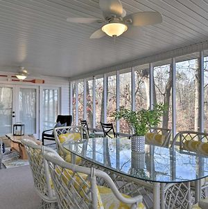 Large Lavonia Home With Party Dock On Lake Hartwell! photos Exterior