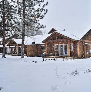 Modern Condo Comforts Near Town & Ski Trails! photos Exterior