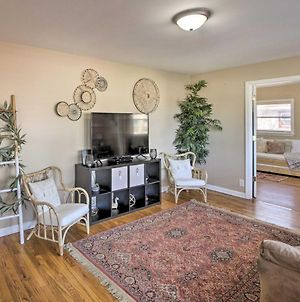Cute Bohemian Home - 25 Mins To Downtown Indy! photos Exterior