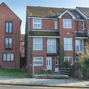 81A Shakespeare - 3 Bed Townhouse, Great For A Group Of Workers photos Exterior