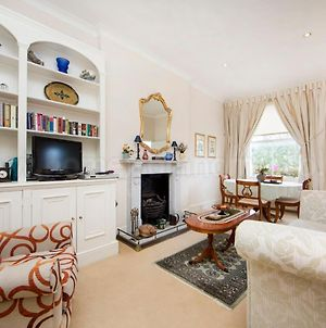 Brunswick Gardens - Cosy Apartment In A Cherry Tree Lined Street- Notting Hill photos Exterior