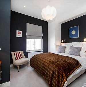 Beautifully Furnished 3 Bedroom, 2 Bath Maisonette With Balcony In Bayswater photos Exterior