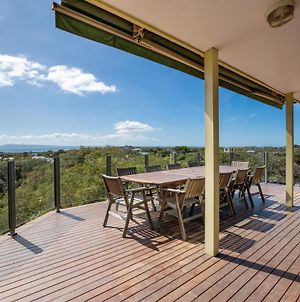 The Views: Entertainers' Deck And Bay Views photos Exterior