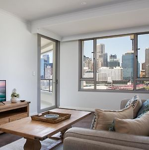 Darling Harbour Apartment With Parking, Views Pool photos Exterior