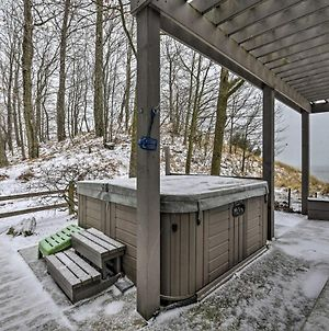 Waterfront Lake Michigan Home W/Hot Tub Deck! photos Exterior