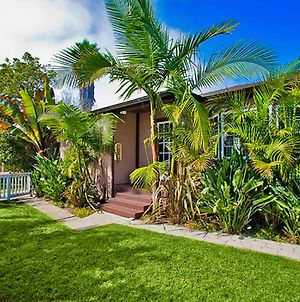 #824 - Classic Pacific Beach Vacation Rental Home Two-Bedroom Holiday Home photos Exterior