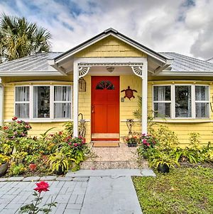 Quaint Stuart Cottage With Patio - 6 Miles To Beach! photos Exterior