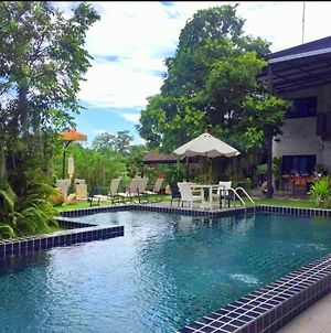 Riverside Luxury Pool Villa 88 Place Chiang Mai photos Exterior