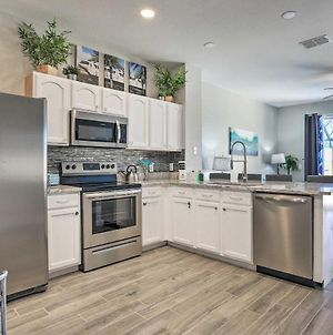 Remodeled Resort Townhome With Pool, 4 Mi To Disney! photos Exterior