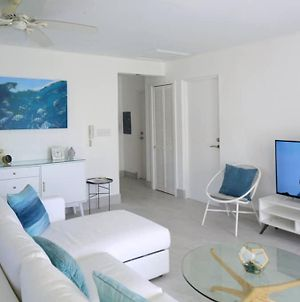 Sea Glass Villa - Spacious 2 Bedroom, 2 Bathroom photos Exterior