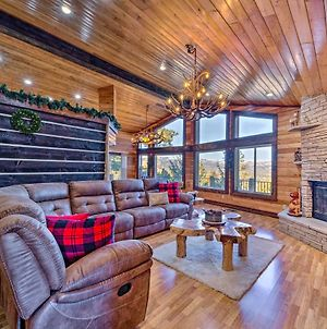 Mountaintop Paradise With Hot Tub, Game Room And Views photos Exterior