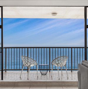 Beachfront Apartment With Balcony Parking And Pools photos Exterior