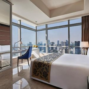 The Residences Of The Ritz-Carlton Jakarta Pacific Place photos Exterior