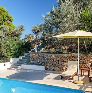Skopelos Villa Sleeps 2 With Pool And Air Con photos Exterior