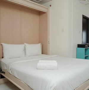 Comfortable And Homey Studio Apartment At Kebagusan City By Travelio photos Exterior