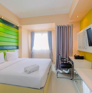 Highest Value Studio Apartment At The Oasis Cikarang By Travelio photos Exterior